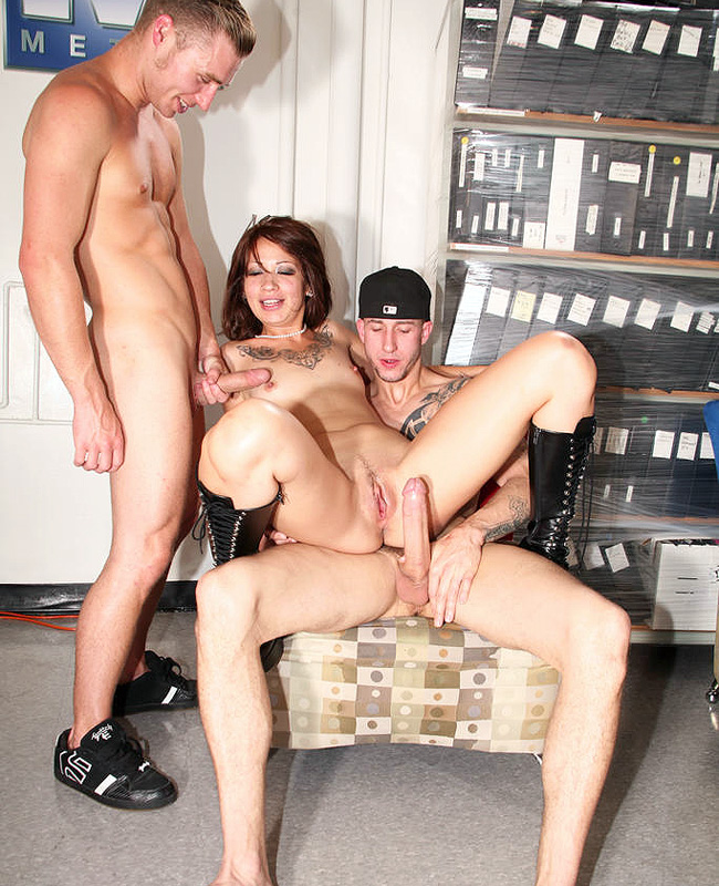 Coco-Velvett-fucking-two-guys-at-once